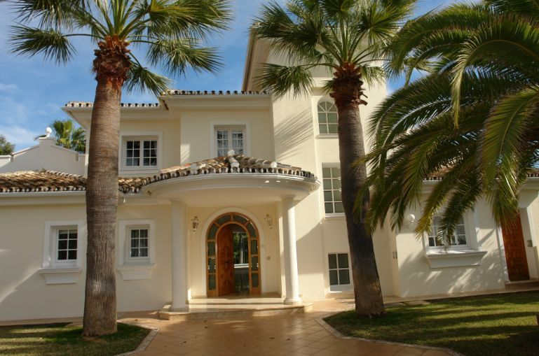 Property seekers in Marbella are often drawn to the district of Elviria