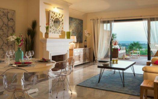 ARFA1113-1 - Magnificent apartments for sale in El Real de Los Halcones in Benahavis