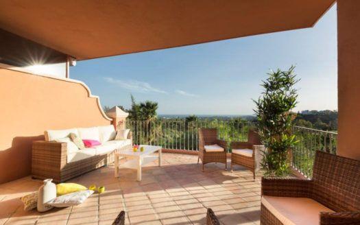 ARFA1113-2 - Magnificent duplex penthouses for sale in El Real de Los Halcones in Benahavis