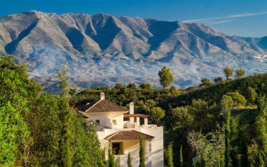 ARFA1144 - Enchanting apartments and penthouses for sale in La Mairena in Ojen