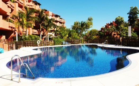ARFA1147 - Fully furnished apartment for sale in Las Nayades in Estepona