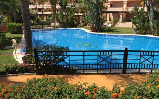 ARFA1192 - Spacious garden apartement for sale in Albatross Hill Club in Nueva Andalucia