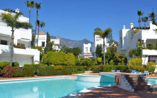 ARFA1239 - Beach apartment for sale in Alhambra del Mar in Marbella