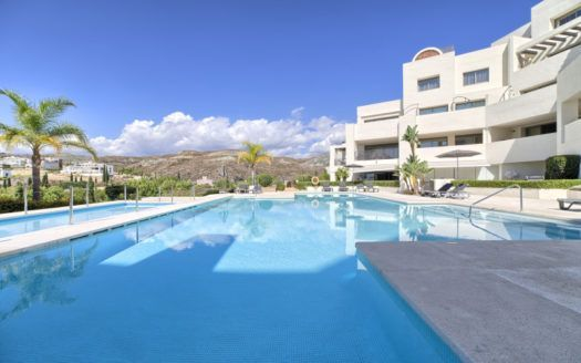 ARFA1258-225 - Luxurious apartment for sale in Los Flamingos in Benahavis