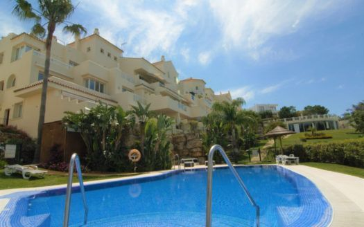 ARFA1273 - Duplex Penthouse for sale in Los Almendros in Benahaivs