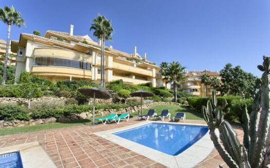 ARFA1291-249 - Elegant apartment for sale in Elviria Hills in Marbella