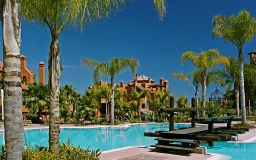ARFA697 - Apartments and penthouses for sale in La Alzambra Hill Club in Puerto Banus
