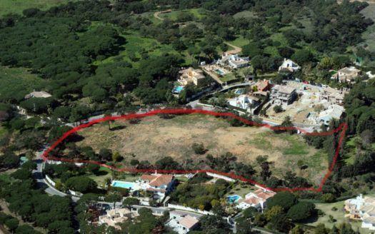 5 plots in Hacienda Las Chapas in Marbella with sea views