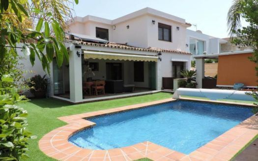 ARFV1745 - Modern villa for sale in Las Chapas in Marbella
