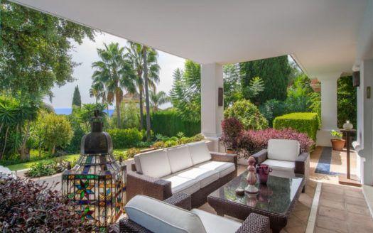 ARFV1909 - Stylish villa in Altos Reales in Sierra Blanca on the Golden Mile of Marbella