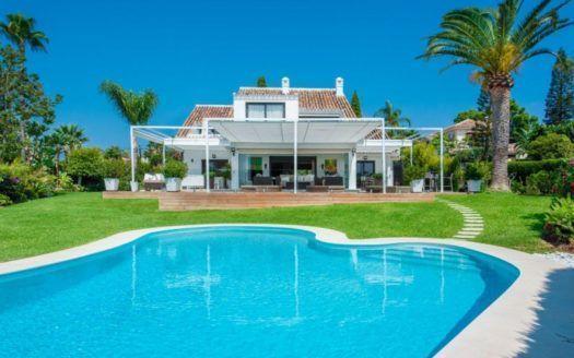 ARFV2002 - Luxury villa for sale in El Rosario in Marbella