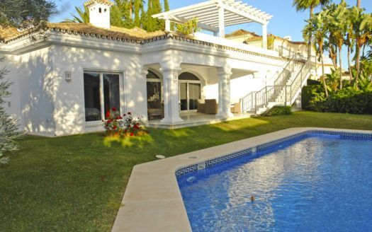 ARFV2043 - Modern Villa all on one floor for sale in Sierra Blanca on the Golden Mile of Marbella