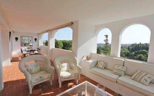 ARFA1346 - Elegant apartment for sale in La Quinta in Benahavis