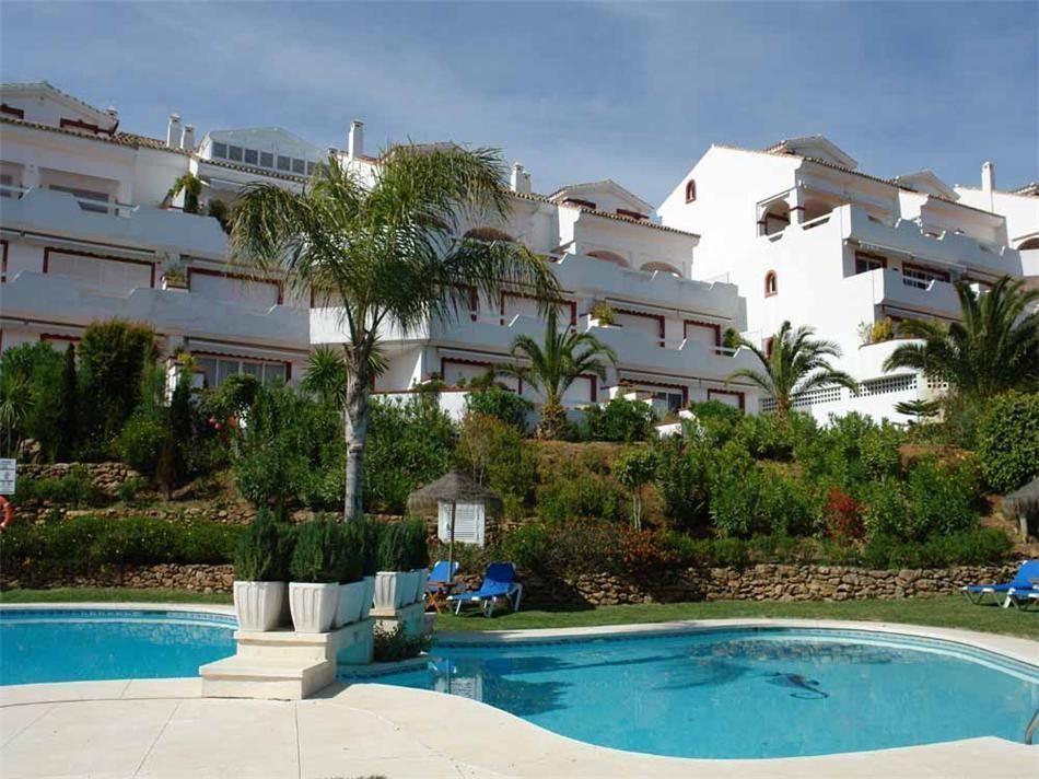 ARFA656 - Penthouse for sale in Elviria in Marbella