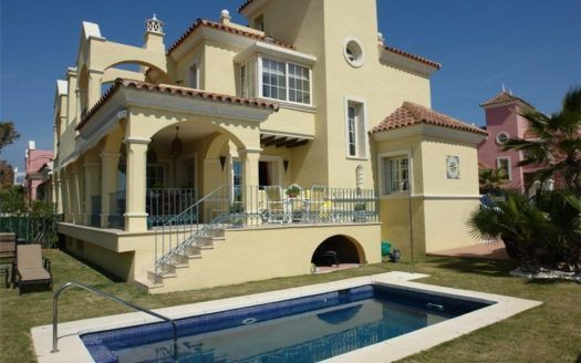 ARFV1196 - Exclusive semi-detached villa for sale in Lorea Playa in Puerto Banus