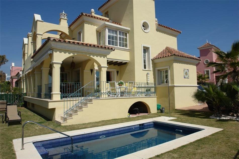 ARFV1196 - Exclusive semi-detached villa for sale in Lorea Playa in Puerto Banus