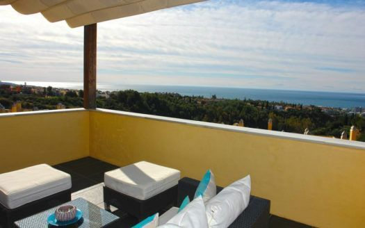 ARFA1094 - Designer Penthouse for sale on the Goldenene Mile in Sierra Blanca in Marbella