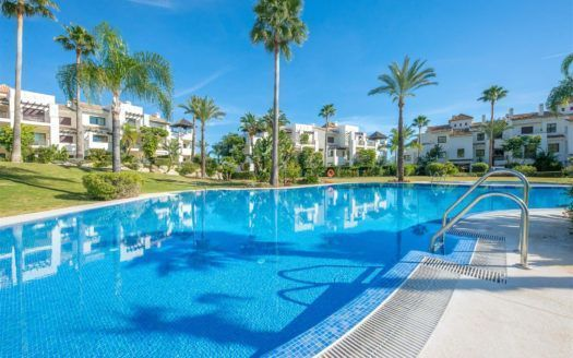 ARFA769 - Apartments for sale in El Paraiso Alto in Benahavis