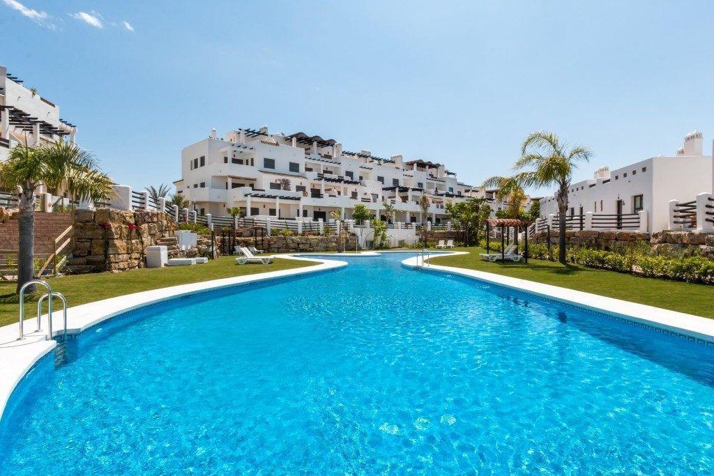 ARFA1248 - New apartments with sea views fo sale in La Resina Golf in Estepona