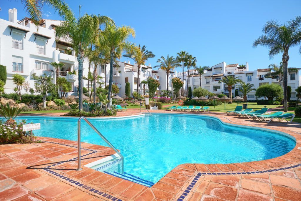 ARFA1325-285 - Modernized beach apartment in Costalita near Estepona for sale