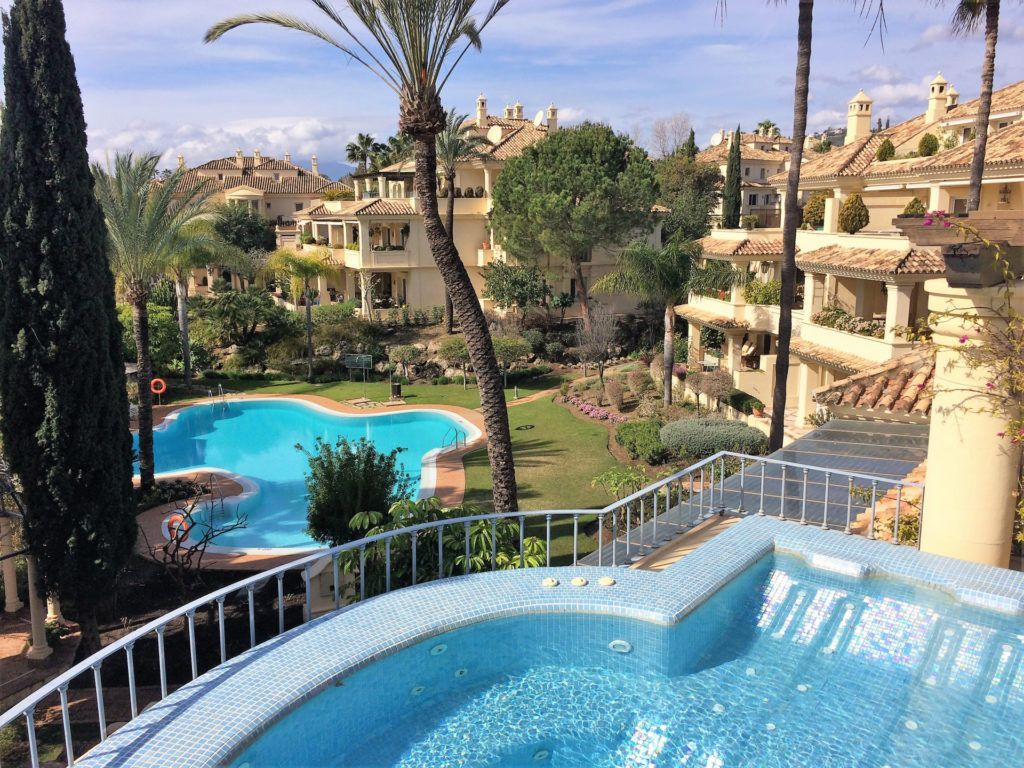 ARFA1300 - Duplex Penthouse for sale in Nueva Andalucia