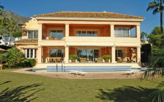 ARFV1579 - Luxury villa for sale in the Sierra Blanca in Marbella with sea views
