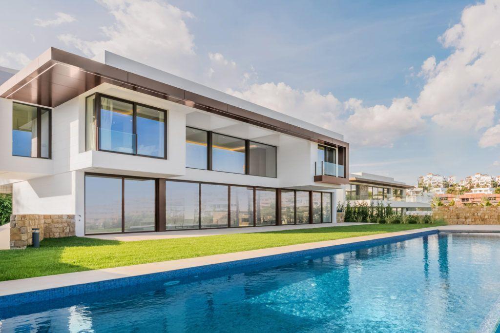 ARFV2099 - Villa for sale in La Alqueria in Benahavis