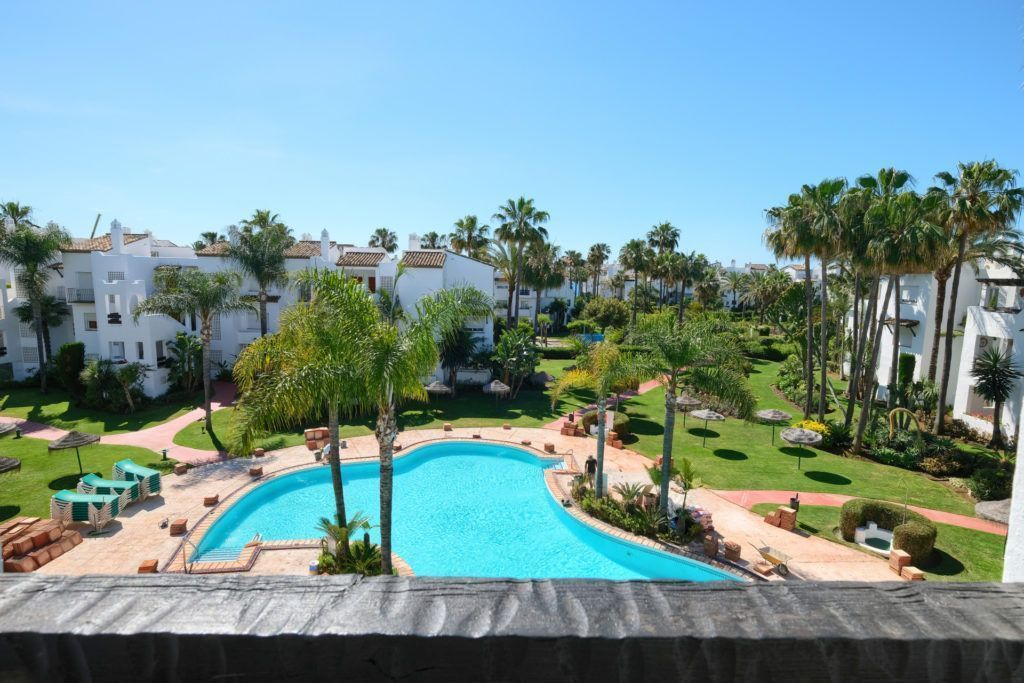 ARFA1335-293 - Modernized apartment beachside for sale in Costalita in Estepona
