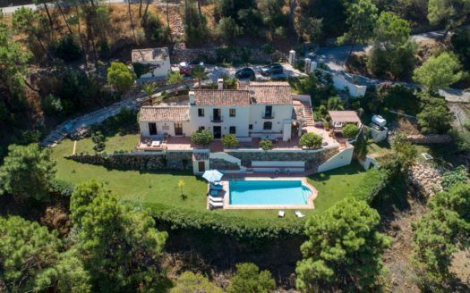 ARFV2094 - Villa in country house style for sale in El Madroñal in Benahaivs
