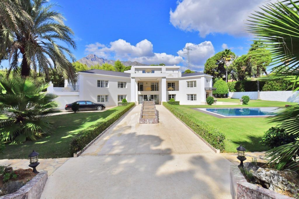 ARFV1913 - Spectacular Villa for sale on the Golden Mile in Marbella