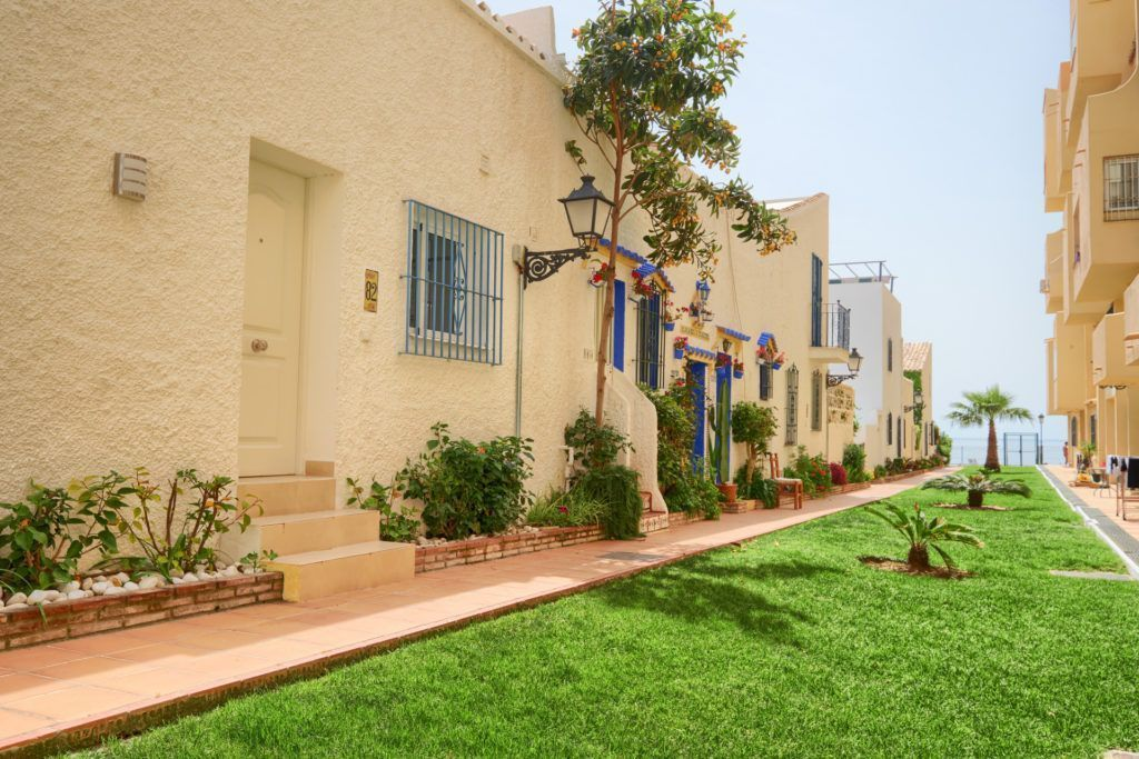 ARFTH152-290 - Beach Bungalow for sale on the New Golden Mile in Estepona