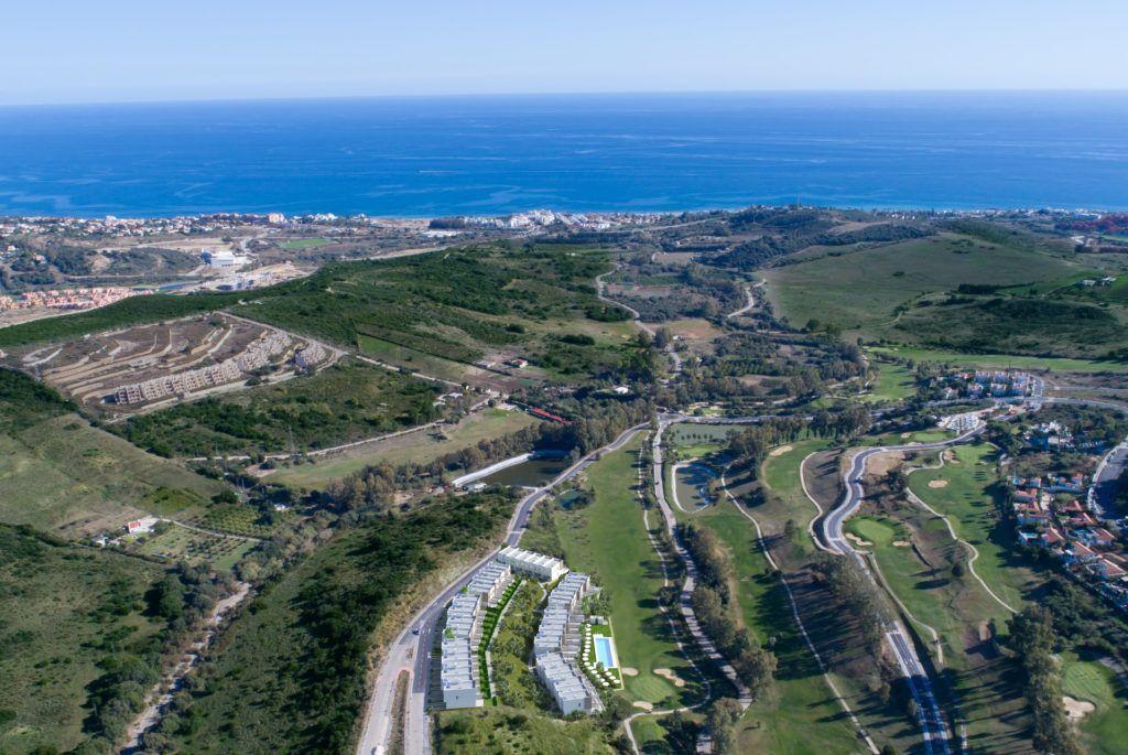 ARFTH133 - 48 townhouses for sale near Estepona Golf