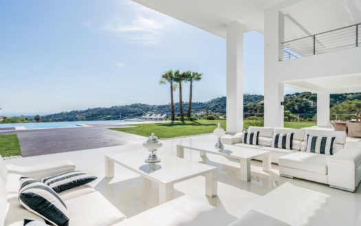 ARFV1972 - Breathtaking new modern villa in La Zagaleta Golf & Country Club in Benahavis