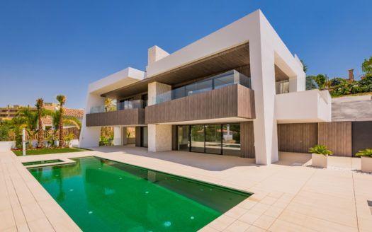 ARFV1733 - New modern villa for sale in Nueva Andalucia