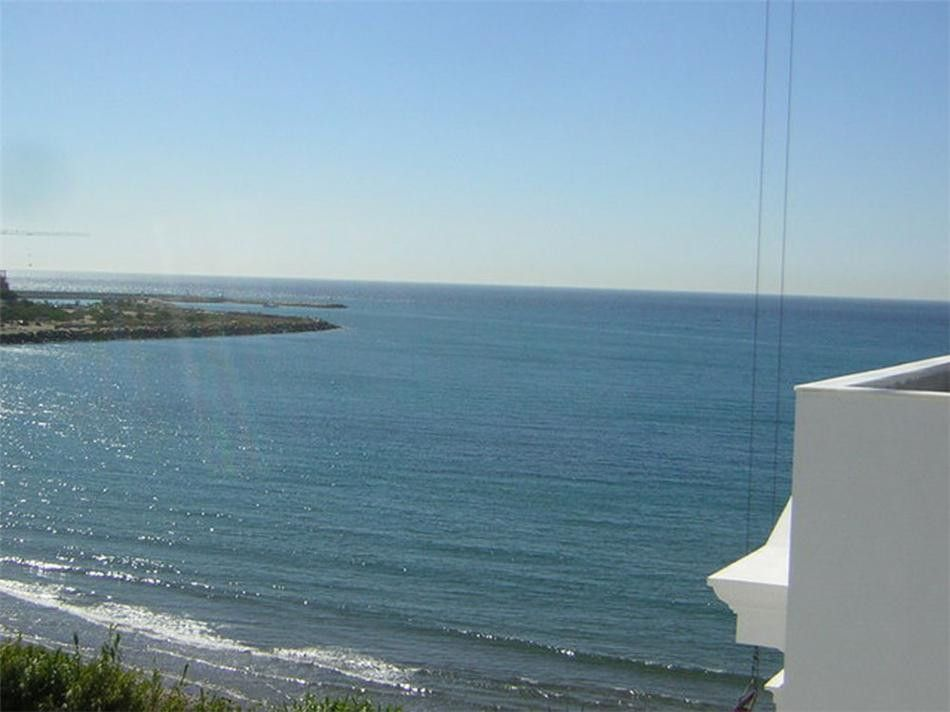 ARFA676 - Apartments for sale in Doncella Beach in Estepona