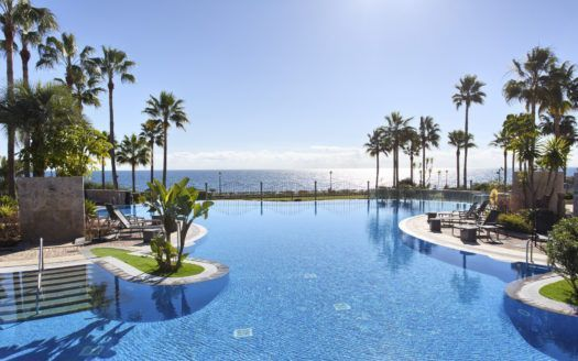 ARFA1140-137 - Modern beautiful Penthouse for sale in  beach location with sea views in Estepona