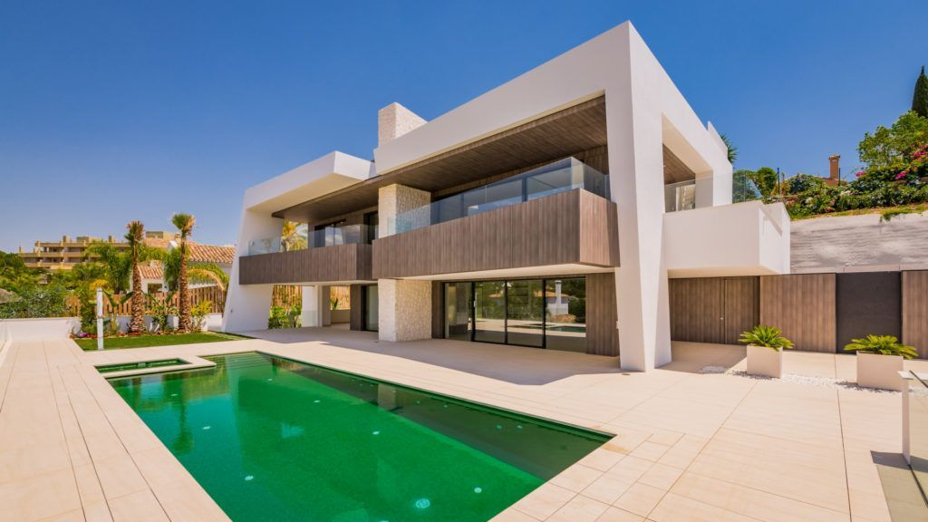 ARFV1733 - New modern villa for sale in Nueva Andalucia