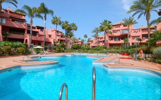 ARFA1328-280 - Ground floor apartment in Menara Beach on the New Golden Mile for sale
