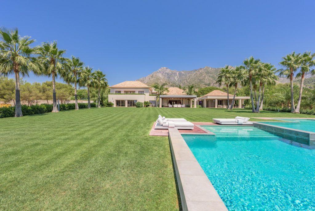 ARFV1971 - Magnificent villa for sale in Quinta de Sierra Blanca in Marbella on the Golden Mile