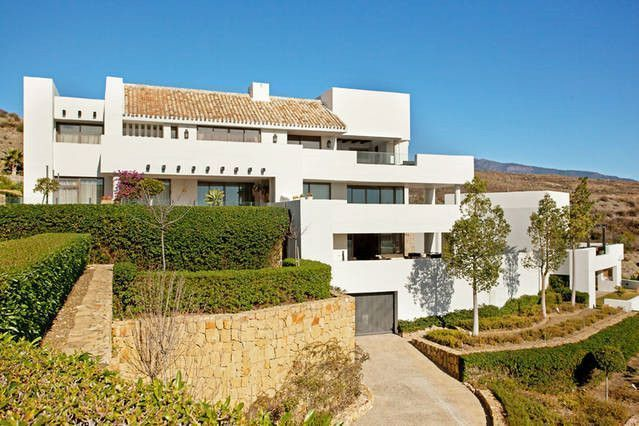 ARFA1274 - Attractive ground floor apartment for sale in Los Flamingos in Estepona