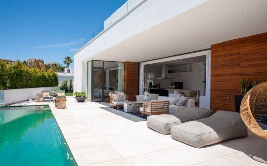 ARFV2100 - Modern Villa for sale in La Quinta in Benahavis