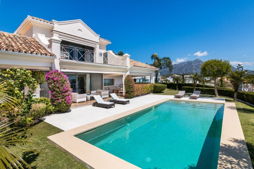 ARFV2061 - Refurbished villa wit panoramic sea views for sale in La Quinta