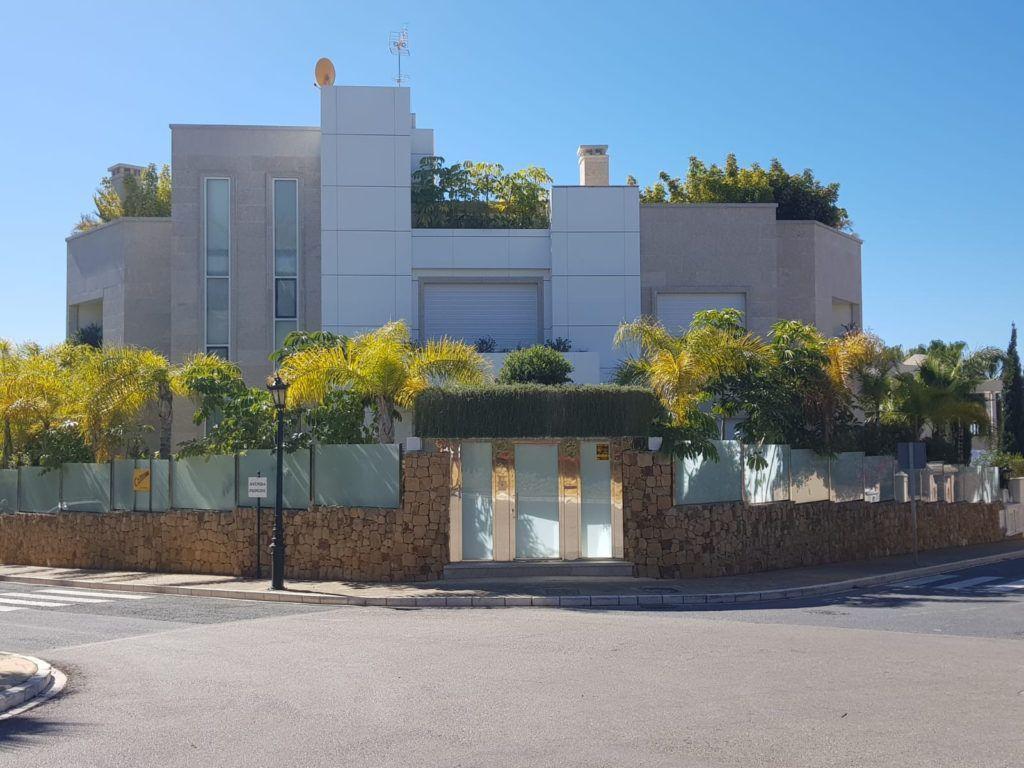 ARFV1696 - Modern Villa for sale in Bahia de Marbella in Marbella