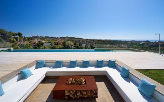ARFV1933 - New villa for sale in the golf resort Los Flamingos in Benahavis