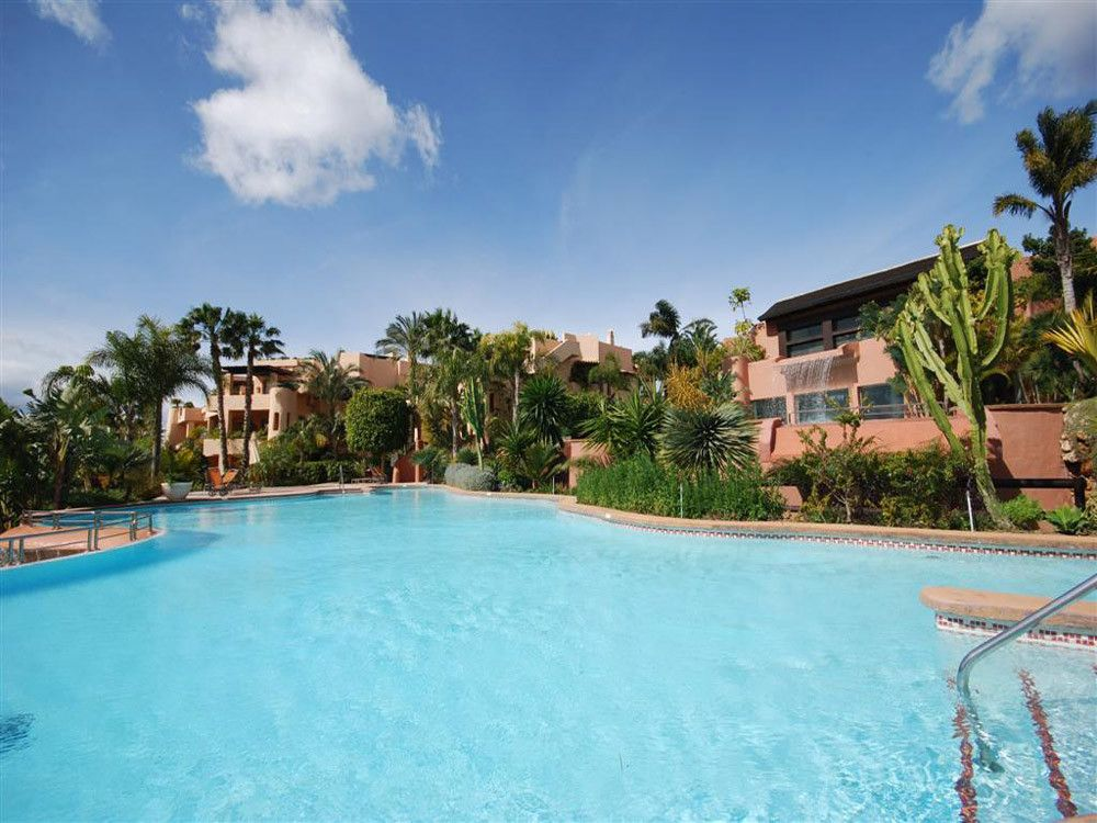 ARFA1379 - Fantastic luxury apartment for sale in Nagüeles in Marbella