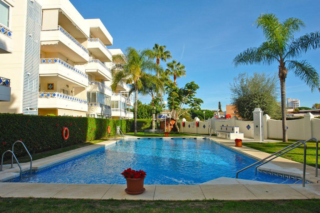 ARFA1384 - Beachside apartment for sale in Las Chapas in Marbella