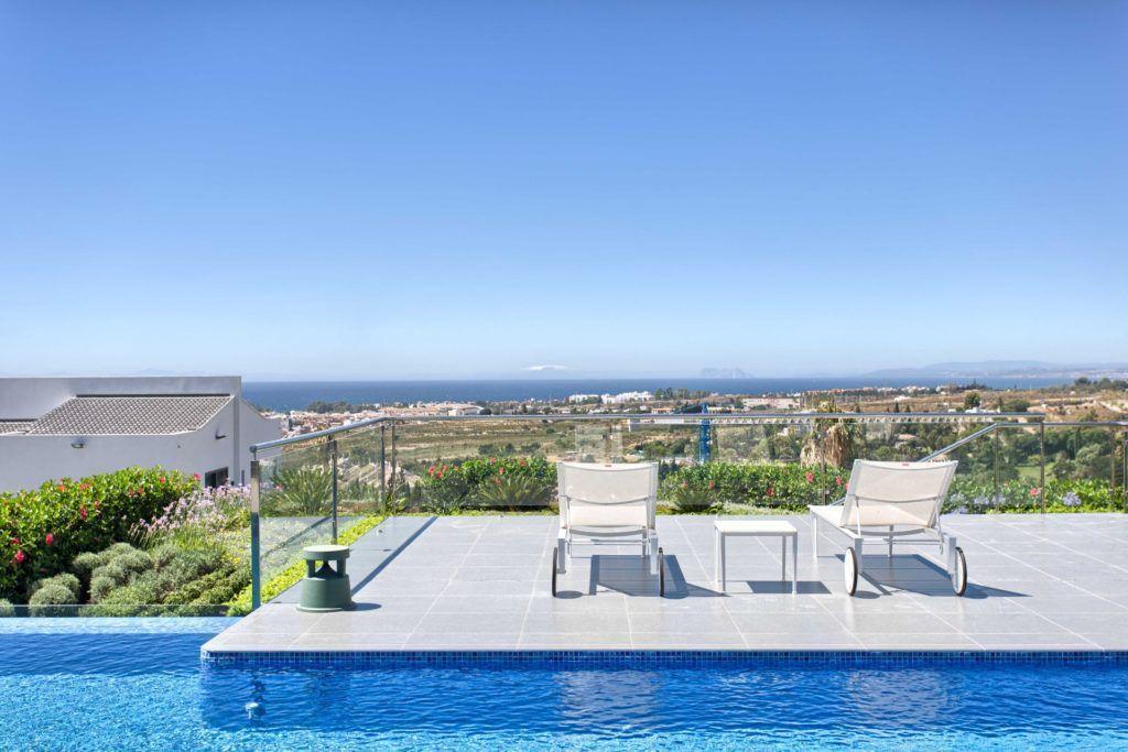 ARFV1838-134 - Contemporary Villa for sale in Los Flamingos Golf in Benahavis