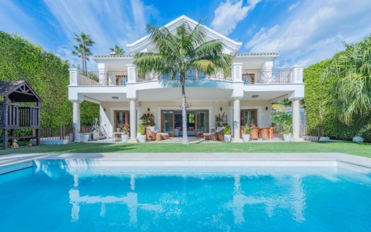 ARFV2134 - Fantastic villa for sale near the beach in Casablanca on the Golden Mile in Marbella