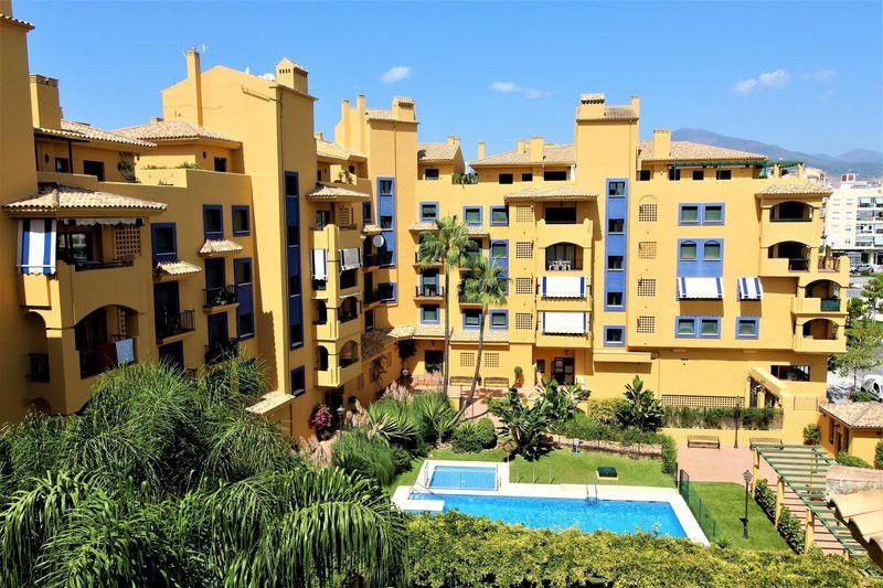 ARFA1372 - City apartment in San Pedro beach side for sale