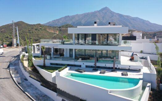 ARFV2165 - New modern villa for sale in Nueva Andalucia in Marbella
